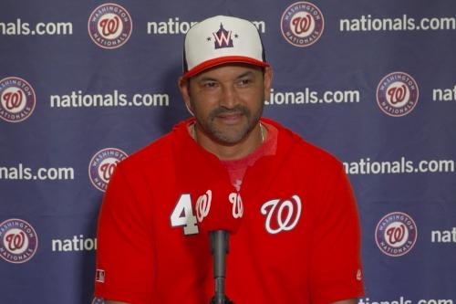 Washington Nationals' catchers Kurt Suzuki and Yan Gomes give Davey Martinez options