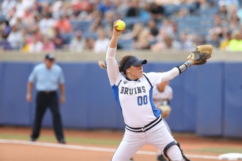 #1 UCLA Softball Looks for Another DH Sweep This Afternoon