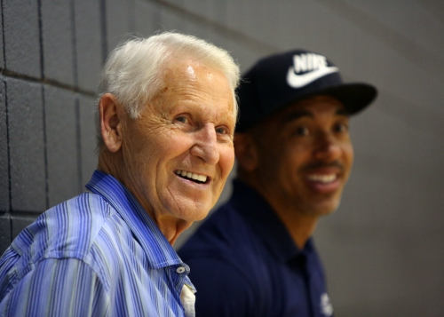 Former Arizona Wildcats basketball coach Lute Olson in good condition after suffering minor stroke