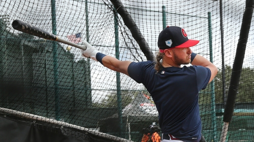 Photos: Braves spend time on field ahead of spring start