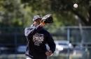 Yankees closer Aroldis Chapman's knee pain is in the past
