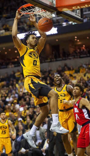 Mizzou slips up in home finale, falls to Ole Miss