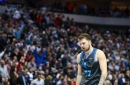 Luka Doncic, Rick Carlisle had differing ideas on how Mavs should have handled final seconds in loss vs. Rockets
