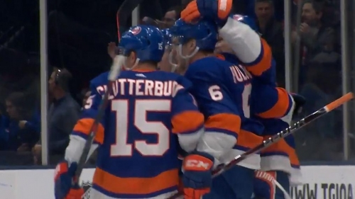 Islanders' Ryan Pulock tees up powerful point-blast to open scoring