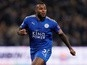 Wes Morgan signs new deal with Leicester City