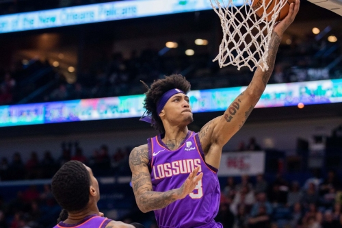 Report: Kelly Oubre Jr. out for remainder of season after procedure on thumb