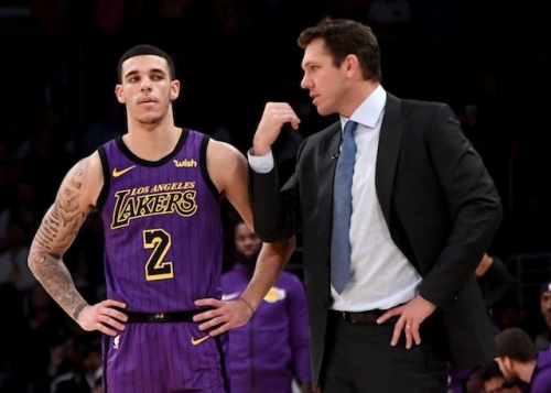 Lakers News: Luke Walton Saw 'A Little Bit Of Value' In Lonzo Ball Possibly Returning, But Healthy Offseason Taking Priority
