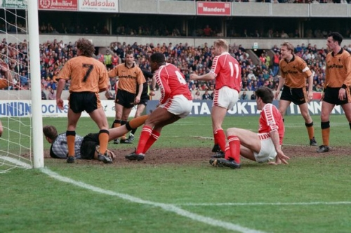 Wolverhampton Wanderers 1990s quiz - how many can you get right?