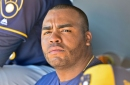 Brewers split day with win over Rangers, loss to Royals