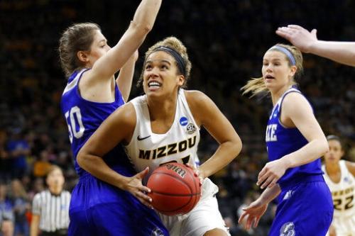 Porter's comeback comes full circle as Mizzou faces Iowa in NCAA tourney