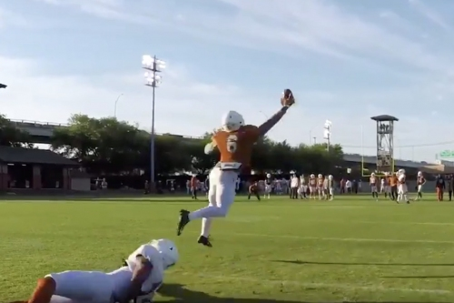 WATCH: Texas WRs make play after play in spring practice