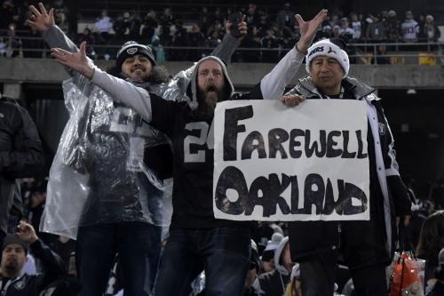 Broncos open 2.5-point underdogs to Raiders in Week 1