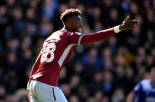 Aston Villa face anxious wait after worrying Tammy Abraham injury blow