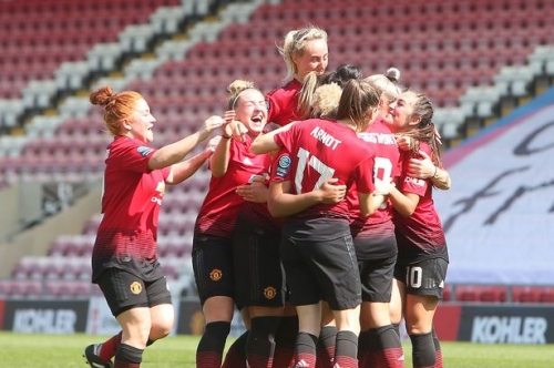 Manchester United Women wrap up league title victory by beating Crystal Palace