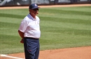 Mike Candrea's 1,600th win at Arizona is 'tribute to all who have been in this program'