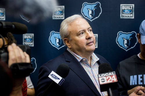 What kind of legacy does Chris Wallace leave as Memphis Grizzlies general manager?