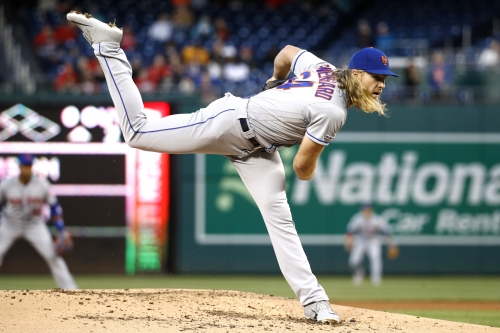 Noah Syndergaard dominates as Mets roll to third straight win