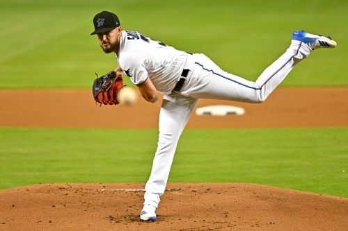 Our Noticias: Smith gets no help but makes franchise history, Marlins lose sixth straight