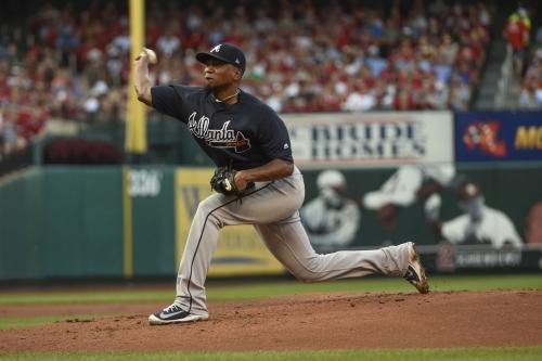 Braves seek series victory in finale against Cardinals