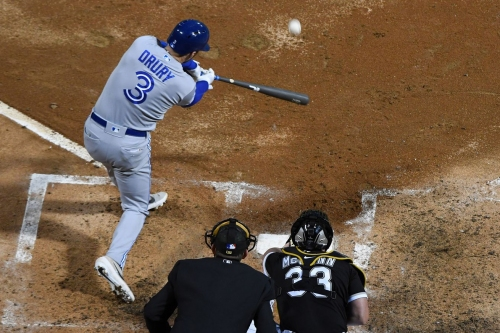 Blue Jays win a game, lose a starter