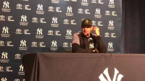 Aaron Boone reacts to walkoff win