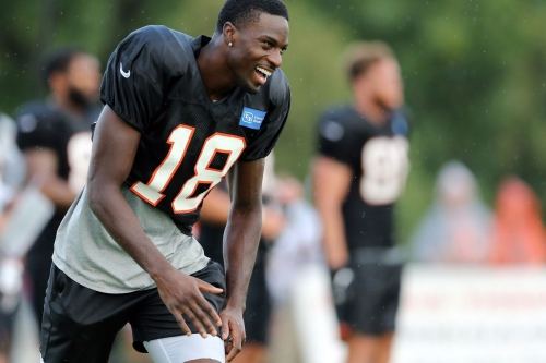 Bengals and NFL Foundation team up to donate 10k to Cincinnati high school