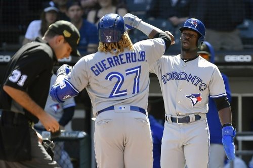 Jays win 5-2 behind a trio of home runs