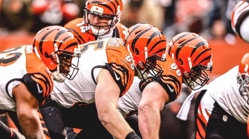 Bengals' Cordy Glenn will shift inside to make room for Jonah Williams at left tackle