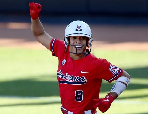 Women's College World Series: Arizona Wildcats beat Washington Huskies 3-1