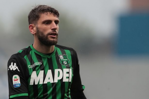€50m striker makes huge Liverpool admission, Man Utd's £62m target 'very close' to move as Arsenal officially release Aaron Ramsey and six others - Premier League reports