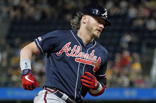 Josh Donaldson: 'Completely embarrassing' Keuchel, Kimbrel were unsigned