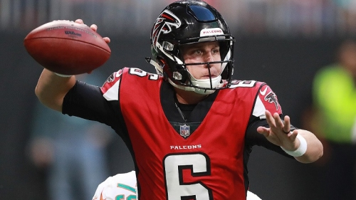 Falcons quarterback learns sign language for charitable cause