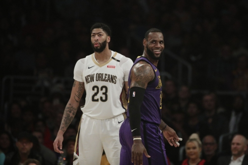 Report: Pelicans' Anthony Davis trade could get 'even bigger' with teams calling about this asset