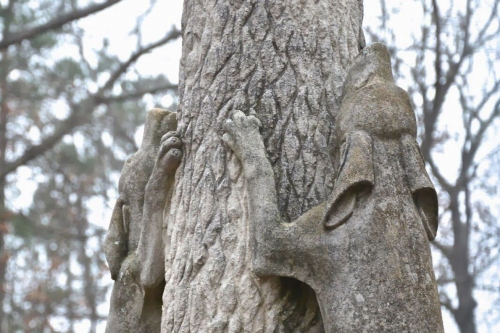 68 Things to Love About Alabama: The coon dog cemetery