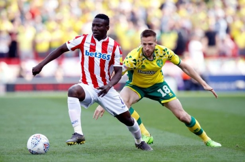Lou Macari: Hopefully Stoke City midfielder is playing a different tune to Manchester United star