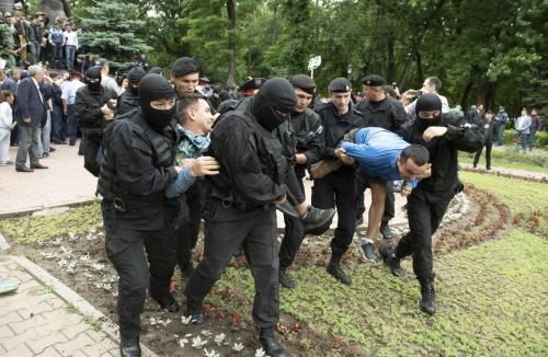 Kazajistán eleva a casi 4.000 los detenidos en protestas