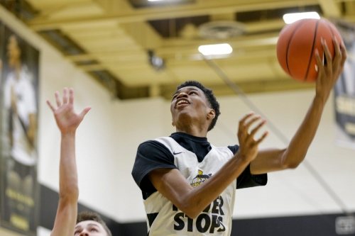 Avon's Jayden Brewer going left to draw interest from Purdue basketball, others
