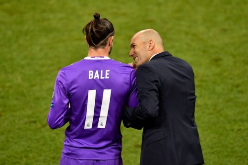Gareth Bale's agent rubbishes talk of Real Madrid loan exit and comments on Man Utd speculation