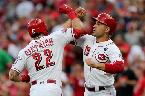 Jesse Winker, Derek Dietrich homer in 1st inning to lead Cincinnati Reds to win over Astros
