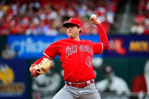 Angels pitcher Tyler Skaggs dies, game vs. Rangers canceled