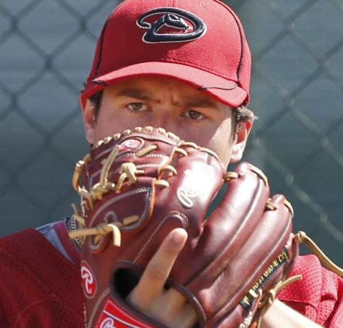 MLB world reacts to the death of Angels' Tyler Skaggs
