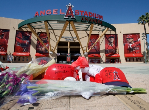 New York Yankees' Giancarlo Stanton offers advice to Angels after Tyler Skaggs' death