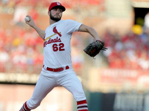 Diamondbacks take 1-0 lead on Cardinals emergency starter Ponce de Leon