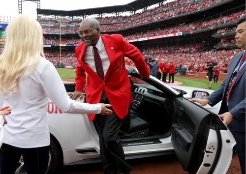 Bob Gibson hospitalized with pancreatic cancer