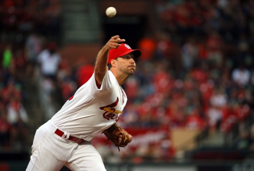 Munoz makes start at shortstop, Knizner behind the plate for Cards