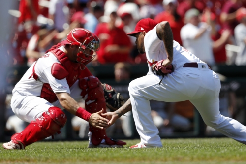 Bullpen steps it up in Cards' victory over Pittsburgh