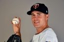 Phillies acquire RHP Mike Morin from Twins