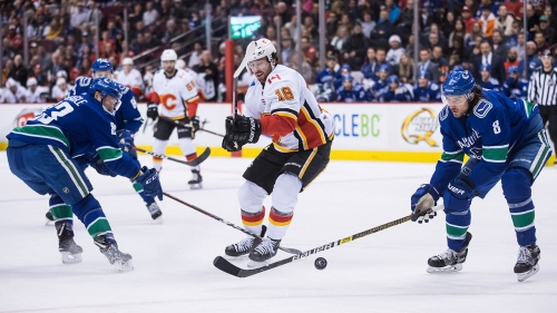 Oilers' James Neal on Flames struggles, training with McDavid, new teammates