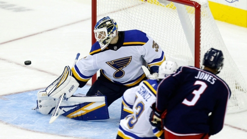 Ville Husso re-signs with Blues on one-year, two-way deal