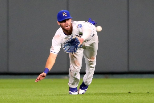 Starling shines defensively but the Tribe defeat the Royals, 8-3